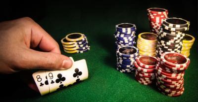 Ikke kikk i kortene! Spill er best når du vinner, så les her og bli best på online casino.